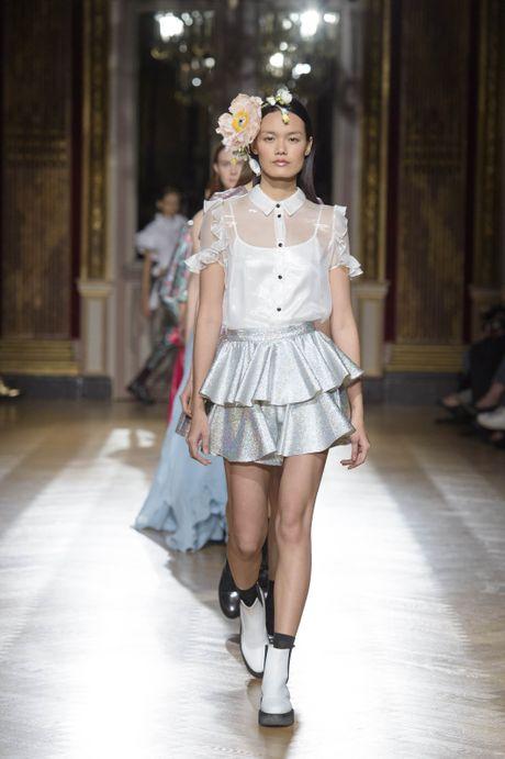Chan dai Next Top trung hai show o Tuan le thoi trang Paris - Anh 1