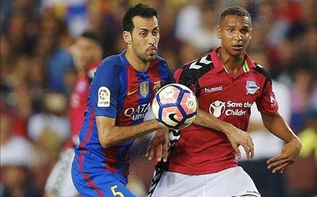 Barcelona: Chua bao gio Sergio Busquets mac nhieu sai lam den the - Anh 3