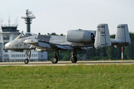 Suc manh cuong kich 'lon loi' A-10 Thunderbolt II - Anh 2