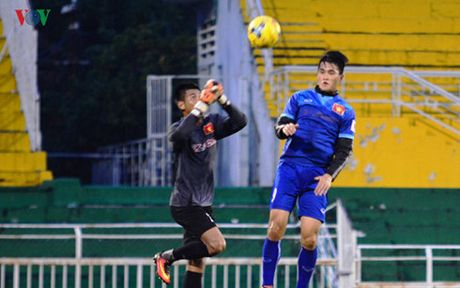 TRUC TIEP DT Viet Nam - Trieu Tien: Tap duot cho AFF Cup 2016 - Anh 4