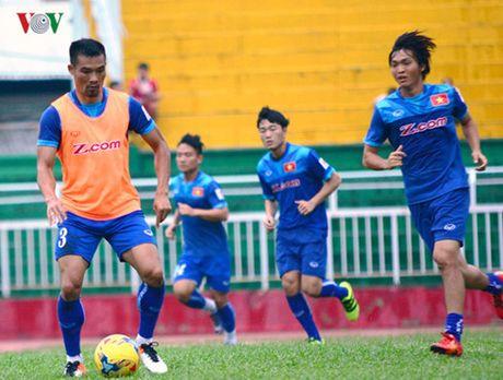TRUC TIEP DT Viet Nam - Trieu Tien: Tap duot cho AFF Cup 2016 - Anh 6