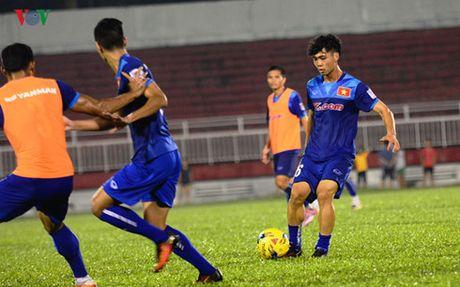 TRUC TIEP DT Viet Nam - Trieu Tien: Tap duot cho AFF Cup 2016 - Anh 7