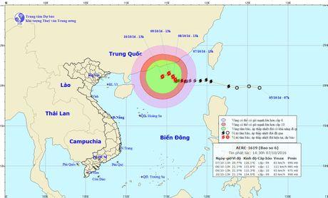 Bao so 6 lien tuc doi huong di chuyen, tam bao cach Hoang Sa 600km - Anh 1