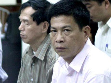 Nguyen TGD PMU 18 dang xa tri o Bach Mai - Anh 1