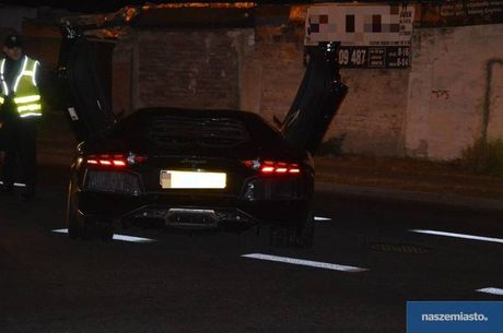 Lamborghini Aventador mat trom tai Duc bi 'bo roi' o Ba Lan - Anh 5
