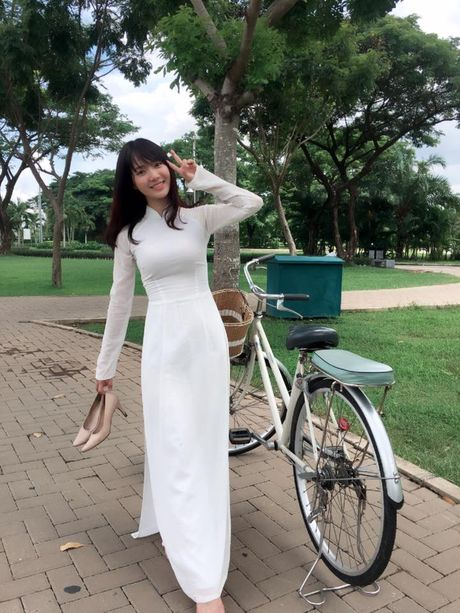 'Hot girl xe bus' bi che khi thu suc hat nhac Trinh - Anh 5