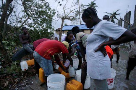 Chum anh Haiti tan hoang sau sieu bao Matthew - Anh 11