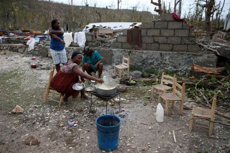 Chum anh Haiti tan hoang sau sieu bao Matthew - Anh 9