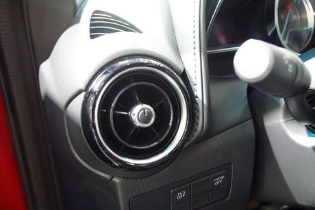 Anh chi tiet Mazda CX-3 vua ra mat tai Viet Nam - Anh 15