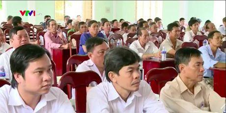 Cu tri tinh Vinh Long chia se ve viec bao ve moi truong - Anh 1