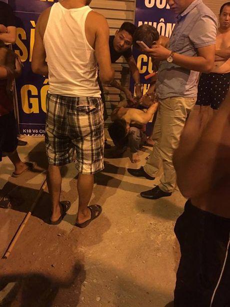 Ha Noi: Bat tai tran ten cuop dung dao cua co tai xe taxi trong dem - Anh 5