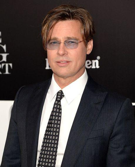 Brad Pitt xuc dong gap lai 6 con - Anh 2