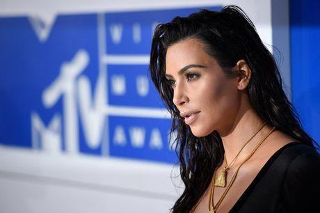 """Kim Kardashian the se khong """"khoe cua"""" tren mang - Anh 2"""