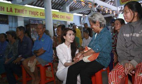 Phan Thi Mo ky niem sinh nhat bang chuyen di tu thien y nghia - Anh 1