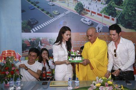 Phan Thi Mo ky niem sinh nhat bang chuyen di tu thien y nghia - Anh 4