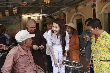 Phan Thi Mo ky niem sinh nhat bang chuyen di tu thien y nghia - Anh 5