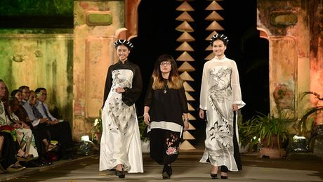 Cung ngam 32 BST trong Festival Ao dai Ha Noi 2016 - Anh 12