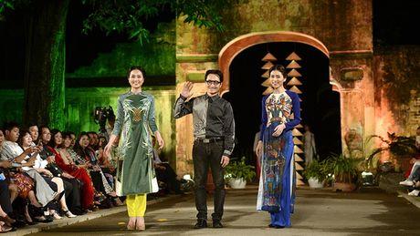 Cung ngam 32 BST trong Festival Ao dai Ha Noi 2016 - Anh 4