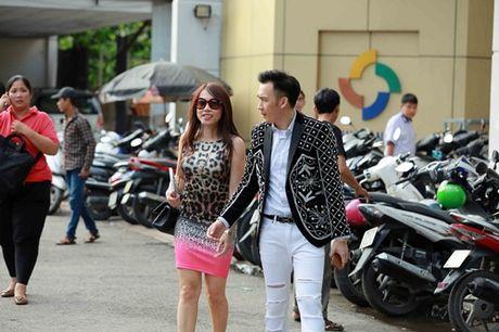Nhan sac em gai sanh dieu cua danh hai Hoai Linh - Anh 1