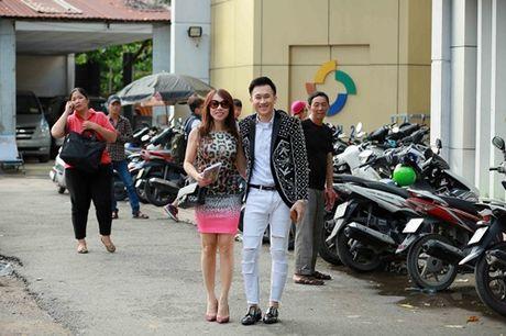 Nhan sac em gai sanh dieu cua danh hai Hoai Linh - Anh 2