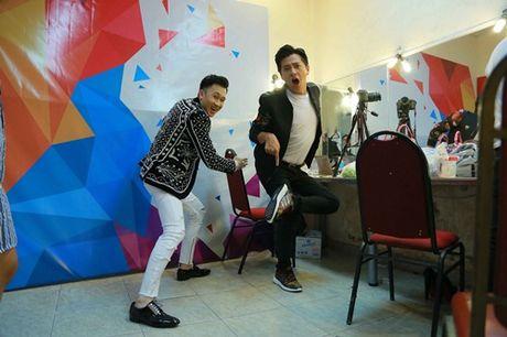 Lo dien em gai ruot cua Hoai Linh ben em trai ut Duong Trieu Vu - Anh 16