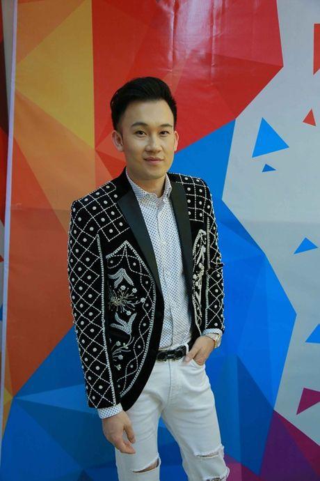 Lo dien em gai ruot cua Hoai Linh ben em trai ut Duong Trieu Vu - Anh 7