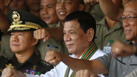 Philippines xac nhan ngung tuan tra, tap tran chung voi My tren Bien Dong - Anh 1