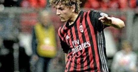 """Sao tre Milan """"na rocket"""" top 5 ban dep vong 7 Serie A - Anh 1"""