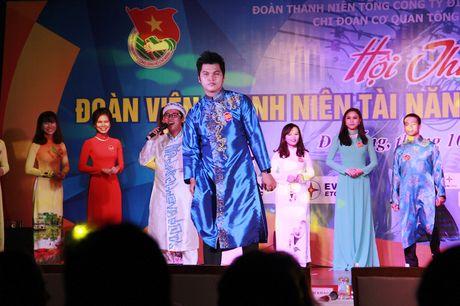 Tranh tai trai thanh gai lich nganh dien mien Trung - Anh 1