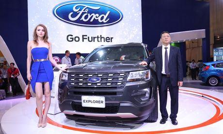 Ford Exploder co gi de chinh phuc thi truong Viet? - Anh 1