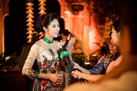 Dan nguoi dep HHVN 2016 hoi ngo o Festival Ao dai 2016 - Anh 1
