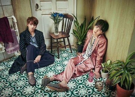 Vua bay sach 500.000 album dat truoc, BTS tung teaser nhu 'cau am con nha giau' - Anh 12