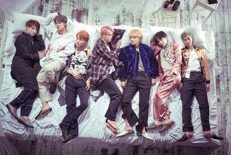 Vua bay sach 500.000 album dat truoc, BTS tung teaser nhu 'cau am con nha giau' - Anh 1