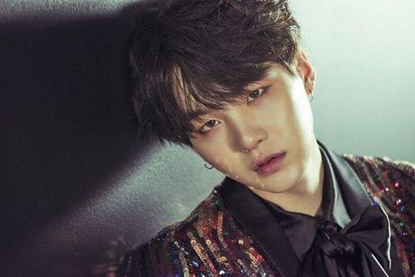 Vua bay sach 500.000 album dat truoc, BTS tung teaser nhu 'cau am con nha giau' - Anh 6