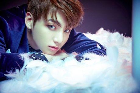Vua bay sach 500.000 album dat truoc, BTS tung teaser nhu 'cau am con nha giau' - Anh 9