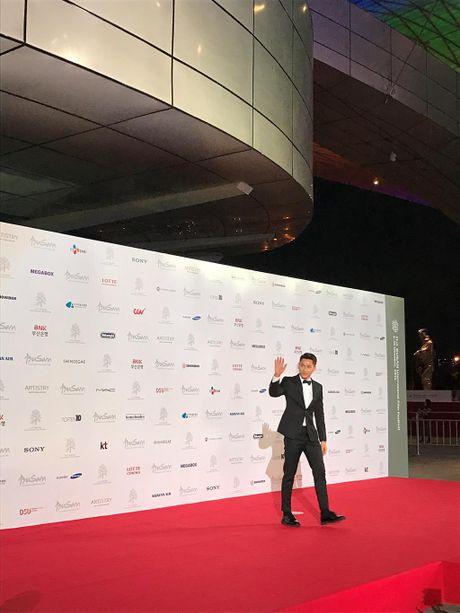Issac mang 'Tam Cam' den Lien hoan phim quoc te Busan - Anh 3