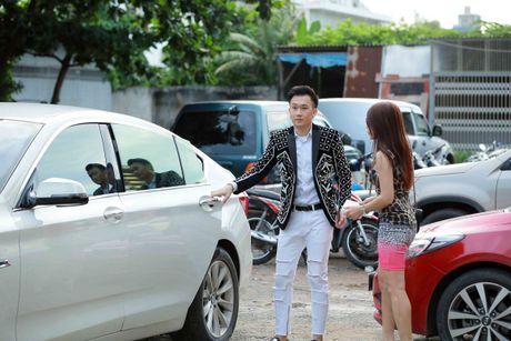 Em gai Hoai Linh ve nuoc xem Duong Trieu Vu lam giam khao - Anh 1
