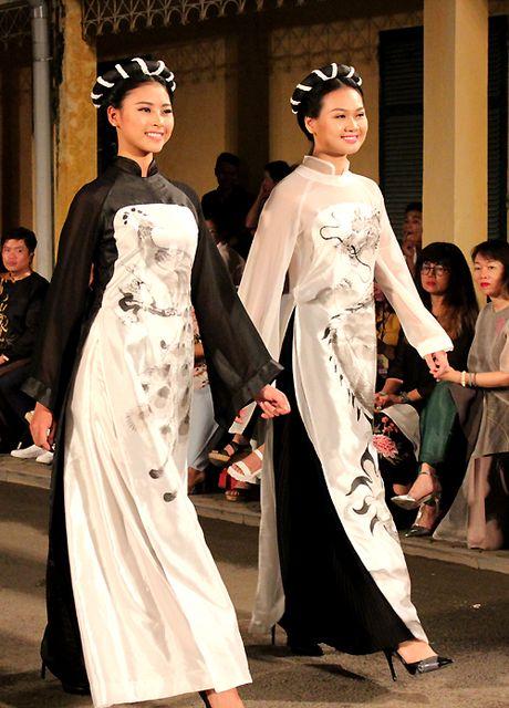 Festival Ao dai Ha Noi 2016: Nhieu hoat dong hua hen hap dan du khach - Anh 3