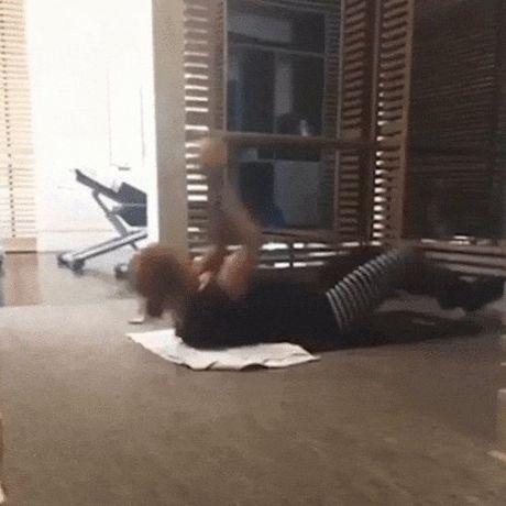 Ngam dang voc san chac, vong 3 sexy 99cm cua Beyonce - Anh 3
