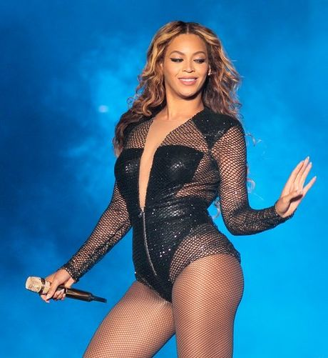 Ngam dang voc san chac, vong 3 sexy 99cm cua Beyonce - Anh 9