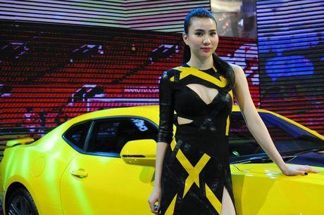 Can canh Chevrolet Camaro SS vang den tai VMS 2016 - Anh 3