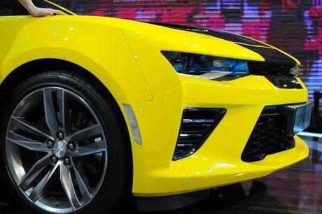 Can canh Chevrolet Camaro SS vang den tai VMS 2016 - Anh 5