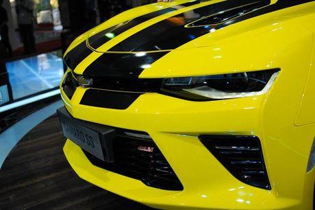Can canh Chevrolet Camaro SS vang den tai VMS 2016 - Anh 6