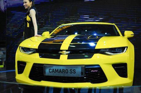 Can canh Chevrolet Camaro SS vang den tai VMS 2016 - Anh 7