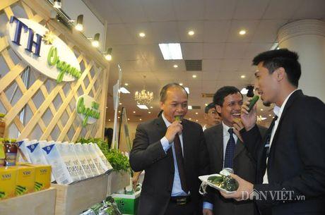 Khach hao hung voi nong san thuc pham sach tai le ky ket cua 15 DN - Anh 14