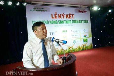 Khach hao hung voi nong san thuc pham sach tai le ky ket cua 15 DN - Anh 3