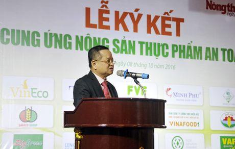 Khach hao hung voi nong san thuc pham sach tai le ky ket cua 15 DN - Anh 4