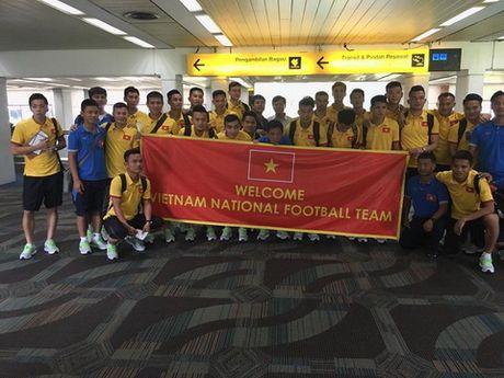 DT Viet Nam co 1 buoi tap truoc tran gap Indonesia - Anh 1