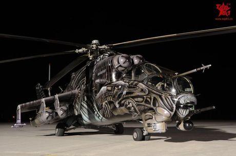 Ron toc gay lop nguy trang cua 'xe tang bay' Mi-24 - Anh 3