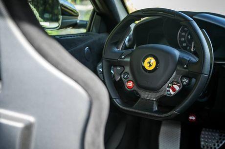Sieu xe Ferrari F12tdf chay 6000km 'thet gia' 23 ty - Anh 10